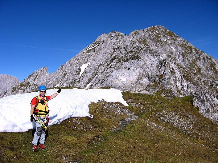 Foto: Andreas Koller / Klettersteig Tour / Innsbrucker Klettersteig - Hannes Gasser Panorama Klettersteig (2480m) / Ankunft am Langen Sattel mit Blick auf den Kemacher W-Grat / 15.10.2008 01:15:19