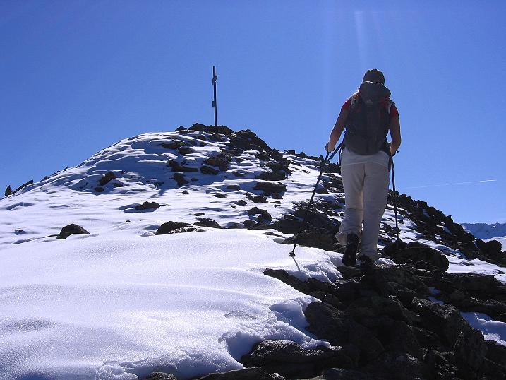 Foto: Andreas Koller / Wander Tour / Söldner Wandertour: Schwarzkogel (3018m) und Rotkogel (2947m) / Die letzten Meter zum Gipfel / 16.10.2008 01:14:16