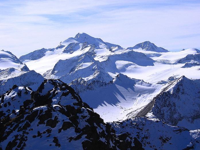 Foto: Andreas Koller / Wander Tour / Söldner Wandertour: Schwarzkogel (3018m) und Rotkogel (2947m) / Blick auf die Wildspitze (3774 m) / 16.10.2008 01:09:36
