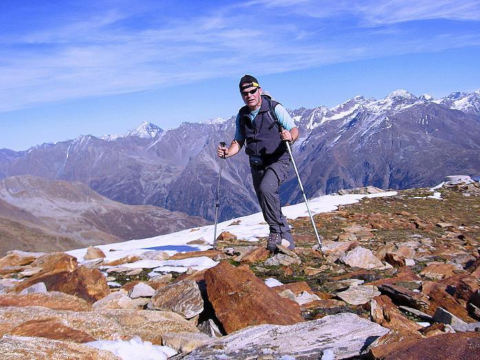Foto: Andreas Koller / Wander Tour / Söldner Wandertour: Schwarzkogel (3018m) und Rotkogel (2947m) / Am O-Grat des Rotkogels / 16.10.2008 01:03:19