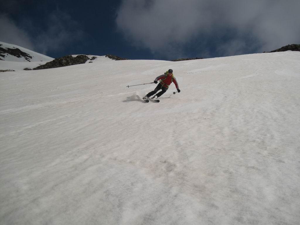 Foto: Heidi Schützinger / Ski Tour / Brennkogel / Genussvolle Firnabfahrt bis hinunter zum Brettersee / 11.05.2011 15:41:03