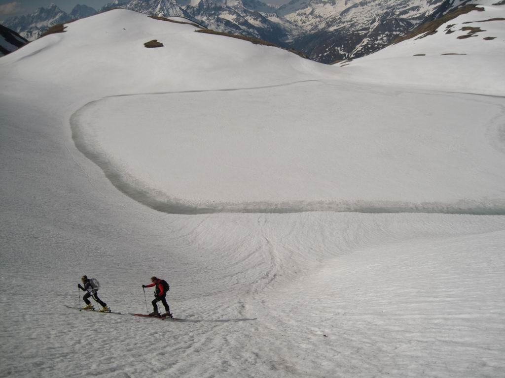 Foto: Heidi Schützinger / Ski Tour / Brennkogel / Wiederaufstieg vom Brettersee hinauf zur Brennkogelscharte / 11.05.2011 15:40:23
