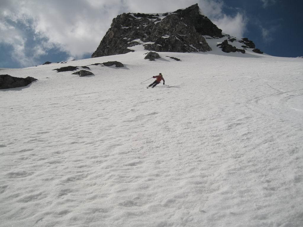 Foto: Heidi Schützinger / Ski Tour / Brennkogel / Abfahrt durch das Beindlkar zum Elendboden  / 11.05.2011 15:38:52