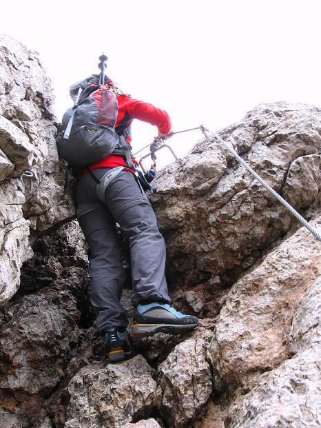 Foto: Andreas Koller / Klettersteig Tour / Via ferrata Crete Rosse und Uiberlacher Klettersteig (2280m) / Schlüsselstelle Überhang (C) / 22.10.2008 00:31:51