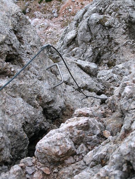 Foto: Andreas Koller / Klettersteig Tour / Via ferrata Crete Rosse und Uiberlacher Klettersteig (2280m) / Rückblick in den leichten Überhang / 22.10.2008 00:31:29