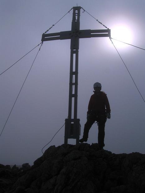 Foto: Andreas Koller / Klettersteig Tour / Via ferrata Crete Rosse und Uiberlacher Klettersteig (2280m) / Nebel-/Sonne-Stimmung am Trogkofel / 22.10.2008 00:26:42