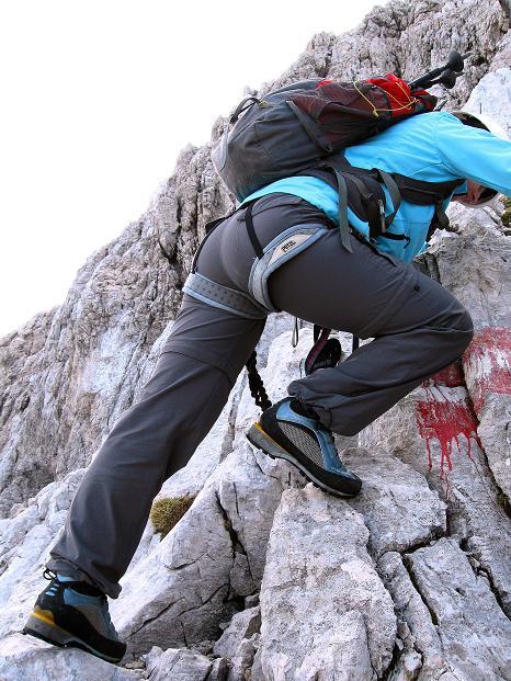Foto: Andreas Koller / Klettersteig Tour / Via ferrata Crete Rosse und Uiberlacher Klettersteig (2280m) / Stellen I am Uiberlacher Steig / 22.10.2008 00:24:21