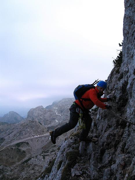 Foto: Andreas Koller / Klettersteig Tour / Via ferrata Crete Rosse und Uiberlacher Klettersteig (2280m) / Teilweise ausgesetzt, aber unschwierig: der Uiberlacher Steig / 22.10.2008 00:22:29