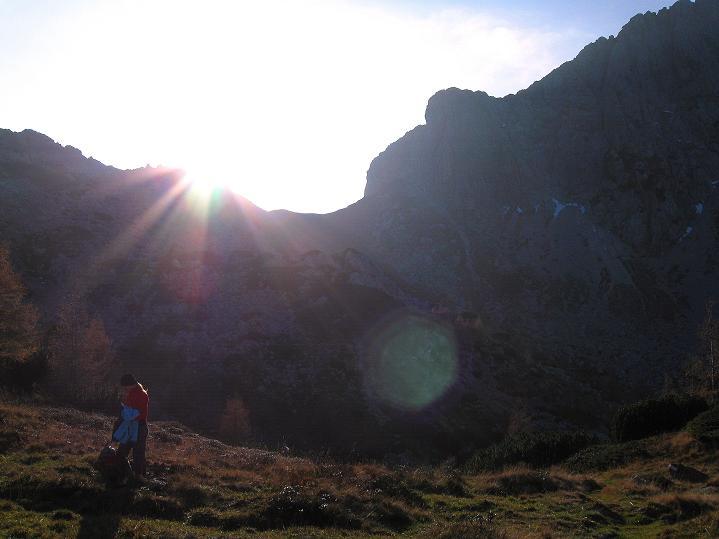 Foto: Andreas Koller / Klettersteig Tour / Via ferrata Crete Rosse und Uiberlacher Klettersteig (2280m) / Beim Abstieg Blick in den Rudnigsattel / 22.10.2008 00:19:25