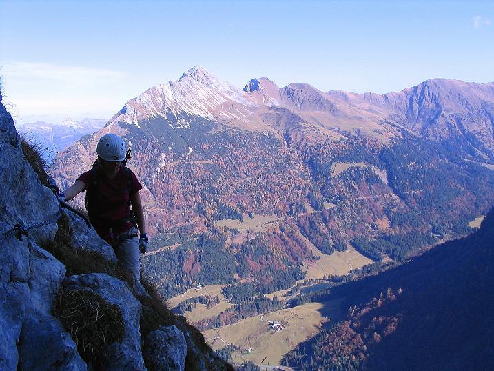 Foto: Andreas Koller / Klettersteig Tour / Cellon Stollen und Steinbergerweg (2241 m) / Bei der Querung Blick auf den Polinik (2331 m) / 23.10.2008 01:13:47