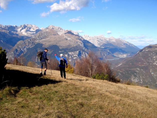 Foto: Manfred Karl / Klettersteig Tour / Via ferrata Ernesto Che Guevara / Herrliche Sicht in die Brenta vom Monte Casale / 28.10.2008 11:04:46