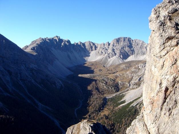 Foto: Manfred Karl / Klettersteig Tour / Madonnen - Klettersteig / Kerschbaumeralm - besonders im Herbst einen Besuch wert! / 28.10.2008 19:03:39