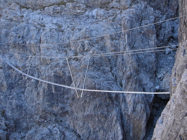 Foto: Manfred Karl / Klettersteig Tour / Madonnen - Klettersteig / Interessante Konstruktion / 28.10.2008 19:02:44