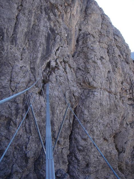 Foto: Manfred Karl / Klettersteig Tour / Madonnen - Klettersteig / Hängebrücke / 28.10.2008 19:02:02