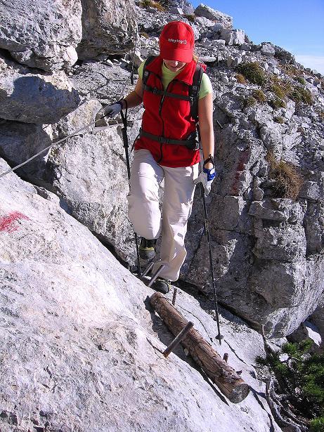 Foto: Andreas Koller / Klettersteig Tour / Hochkogelklettersteig (2303m) / Steilere Passage im Schlusswandl / 28.10.2008 22:18:44