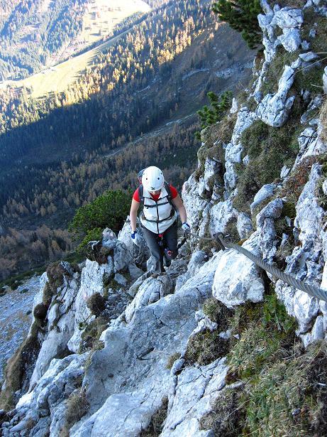 Foto: Andreas Koller / Klettersteig Tour / Klettersteig Mandlgrat / Mannlgrat auf den Hohen Göll (2522m) / Gesicherte Abschnitte zu Beginn des Mandlgrats / 30.10.2008 17:24:40