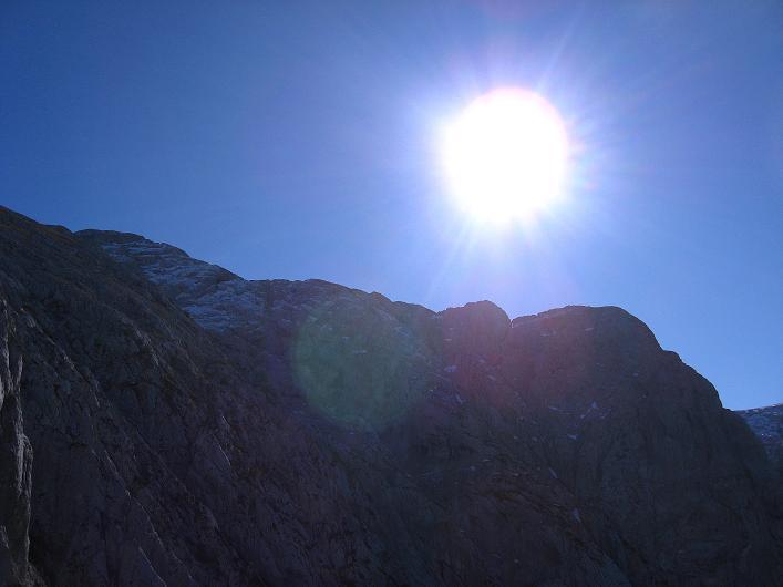 Foto: Andreas Koller / Klettersteig Tour / Klettersteig Mandlgrat / Mannlgrat auf den Hohen Göll (2522m) / Hoher Göll im Gegenlicht / 30.10.2008 17:20:22