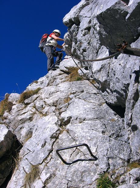 Foto: Andreas Koller / Klettersteig Tour / Klettersteig Mandlgrat / Mannlgrat auf den Hohen Göll (2522m) / Immer wieder werden am Grat kleine, luftige Schärtchen überwunden / 30.10.2008 17:19:43