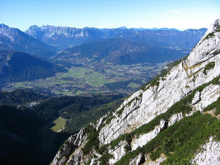 Foto: Andreas Koller / Klettersteig Tour / Klettersteig Mandlgrat / Mannlgrat auf den Hohen Göll (2522m) / Blick ins Berchtesgadener Becken / 30.10.2008 17:16:53