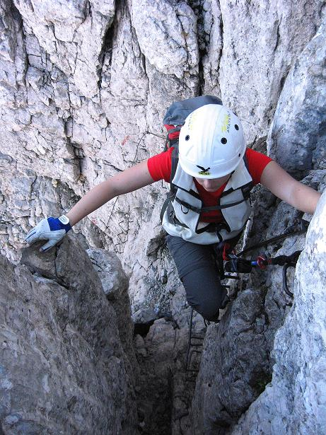 Foto: Andreas Koller / Klettersteig Tour / Klettersteig Mandlgrat / Mannlgrat auf den Hohen Göll (2522m) / Sehr steile Wand-/Kaminpassage / 30.10.2008 17:13:56