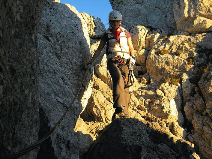 Foto: Andreas Koller / Klettersteig Tour / Klettersteig Mandlgrat / Mannlgrat auf den Hohen Göll (2522m) / Abstieg am Mandlgrat in der Abendsonne / 30.10.2008 17:04:17
