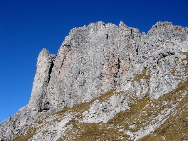 Foto: Manfred Karl / Klettersteig Tour / Grandlspitz – Taghaube – Überschreitung / Klein aber fein: So könnte man den Grandlspitz Klettersteig beschreiben / 31.10.2008 08:00:56