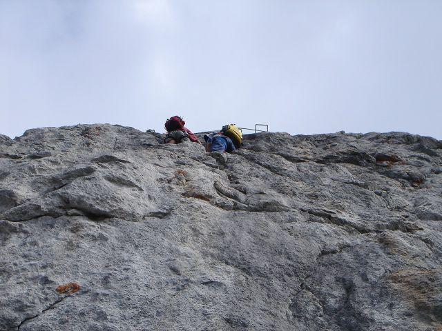 Foto: Manfred Karl / Klettersteig Tour / Grandlspitz – Taghaube – Überschreitung / Jetzt folgt der schwierigste Teil des Klettersteiges / 31.10.2008 07:55:57