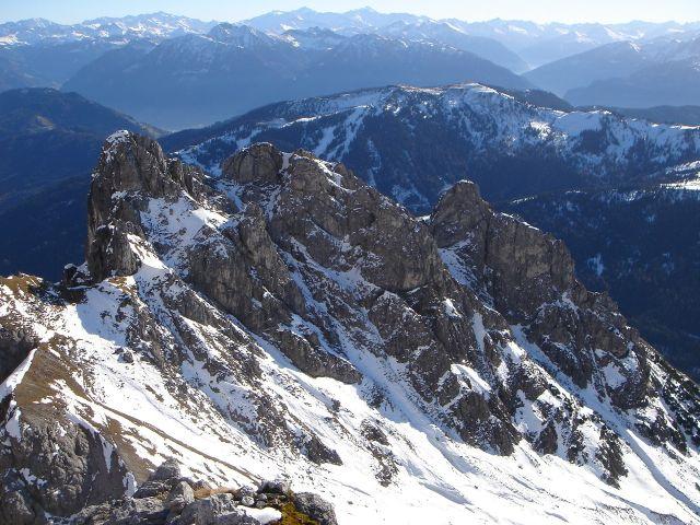 Foto: Manfred Karl / Klettersteig Tour / Grandlspitz – Taghaube – Überschreitung / Auch im Winter lässt sich zumindest der Grandlspitz relativ leicht besteigen. Die Überschreitung zur Taghaube ist dann eher alpin. / 31.10.2008 07:51:43