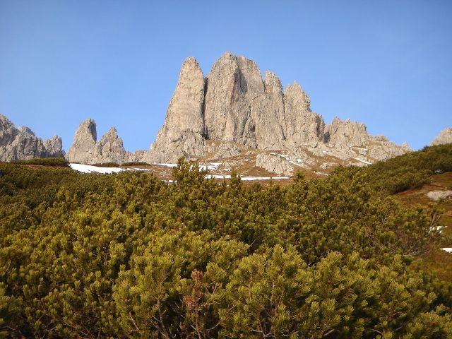 Foto: Manfred Karl / Klettersteig Tour / Grandlspitz – Taghaube – Überschreitung / Ein letzter Blick zurück auf den von der Abendsonne beleuchteten Grandlspitz / 31.10.2008 07:38:41