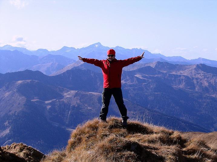 Foto: Andreas Koller / Wander Tour / Kammwanderung zum Schreinl (2154m) / Weites Land (Blick nach W in die Schladminger Tauern) / 04.11.2008 11:04:48
