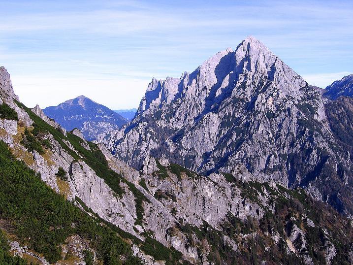 Foto: Andreas Koller / Wander Tour / Admonter Reichenstein (2251m) / Blick nach O auf Hochtor (2369 m) und Ödstein (2335 m) / 04.11.2008 20:57:13