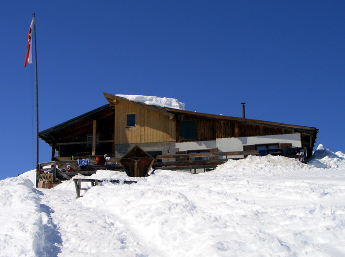 Foto: vince 51 / Schneeschuh Tour / Von Elbigenalp auf die Mutte (2187m) / Bernhardseckhütte / 10.11.2008 22:21:42
