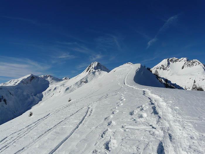Foto: vince 51 / Schneeschuh Tour / Von Elbigenalp auf die Mutte (2187m) / Aufstiegsspur zur Mutte / 10.11.2008 22:20:18