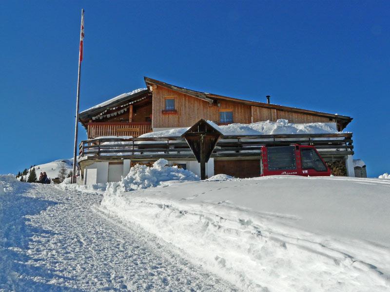 Foto: vince 51 / Schneeschuh Tour / Von Elbigenalp auf die Mutte (2187m) / Bernhardseckhütte 1812m<br> / 29.12.2008 22:13:15