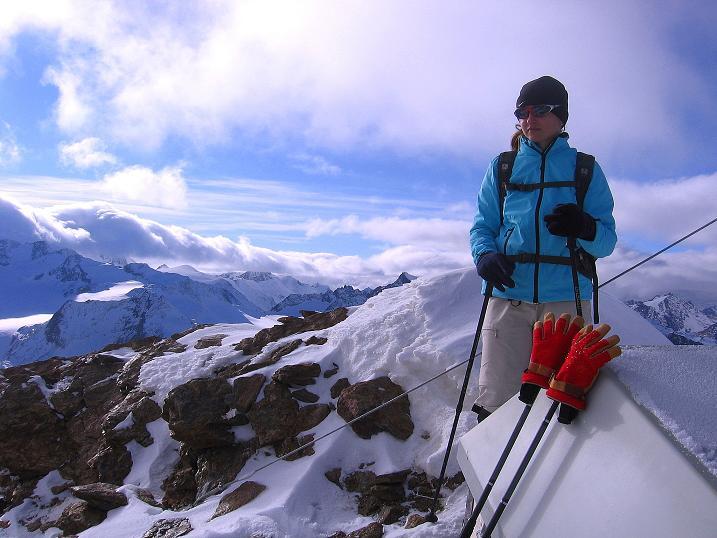 Foto: Andreas Koller / Wander Tour / Über den Tiefenbachferner auf die Innere Schwarze Schneide (3370m) / Am Gipfel der Inneren Schwarzen Schneide / 10.11.2008 22:39:48