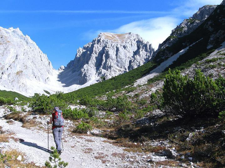 Foto: Andreas Koller / Klettersteig Tour / Klettersteig auf die Wankspitze (2219m) / Aufstieg in die Hölle mit Grünstein (2661 m), Grünstein Scharte und Griesspitzen (2741 m) / 12.11.2008 01:13:05