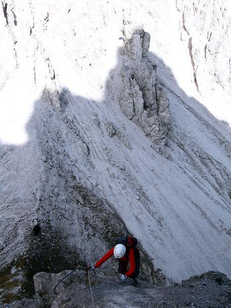 Foto: Andreas Koller / Klettersteig Tour / Klettersteig auf die Wankspitze (2219m) / Am N-Grat vom Stöttltörl / 12.11.2008 01:07:19