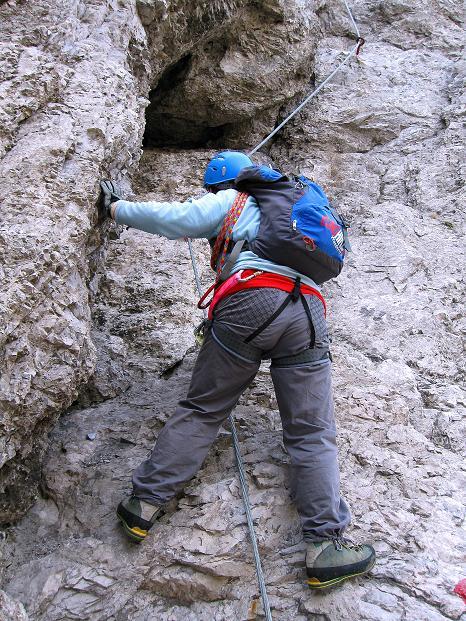 Foto: Andreas Koller / Klettersteig Tour / Klettersteig auf die Wankspitze (2219m) / Einstieg in eine steile Rampe / 12.11.2008 01:05:43