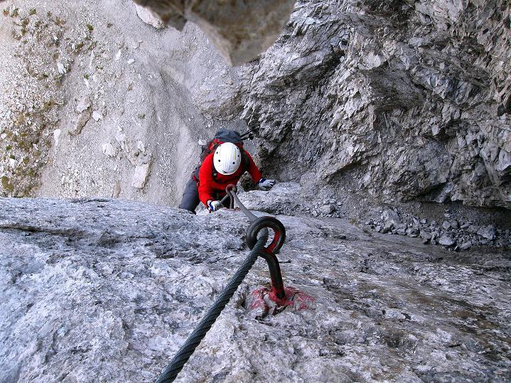Foto: Andreas Koller / Klettersteig Tour / Klettersteig auf die Wankspitze (2219m) / Auf der steilen Rampe / 12.11.2008 01:05:22