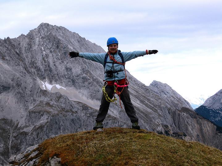 Foto: Andreas Koller / Klettersteig Tour / Klettersteig auf die Wankspitze (2219m) / Auf der Wankspitze mit Hochplattig (2768 m) / 12.11.2008 00:57:01