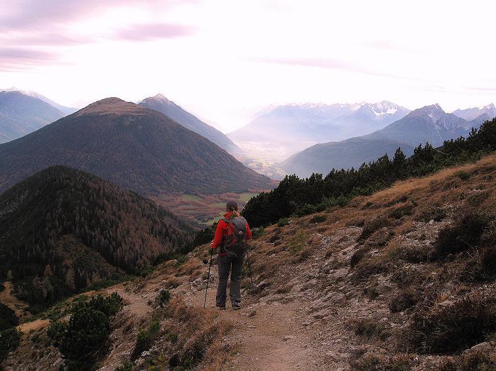 Foto: Andreas Koller / Klettersteig Tour / Klettersteig auf die Wankspitze (2219m) / Abstieg über den Wanderweg zur Lacke / 12.11.2008 00:53:30