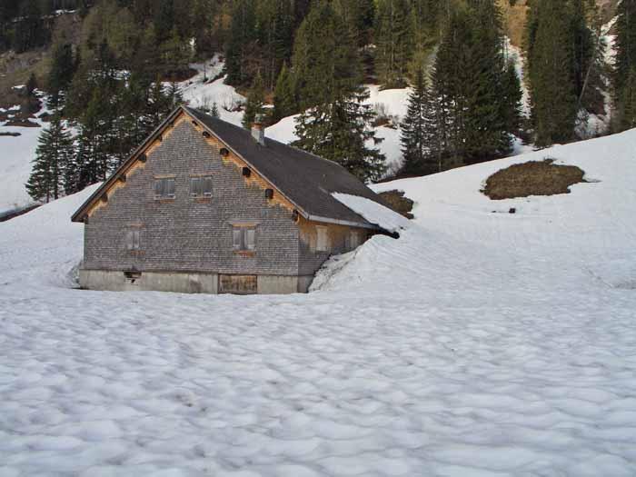 Foto: vince 51 / Schneeschuh Tour / Mit Schneeschuhen auf den Hohen Freschen / Die Hintere Garnitzaalpe / 20.11.2008 22:44:25