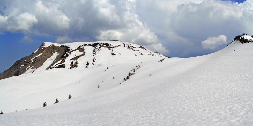 Foto: vince 51 / Schneeschuh Tour / Mit Schneeschuhen auf den Hohen Freschen / der Hohe Freschen vom Freschenhaus / 20.11.2008 22:30:48