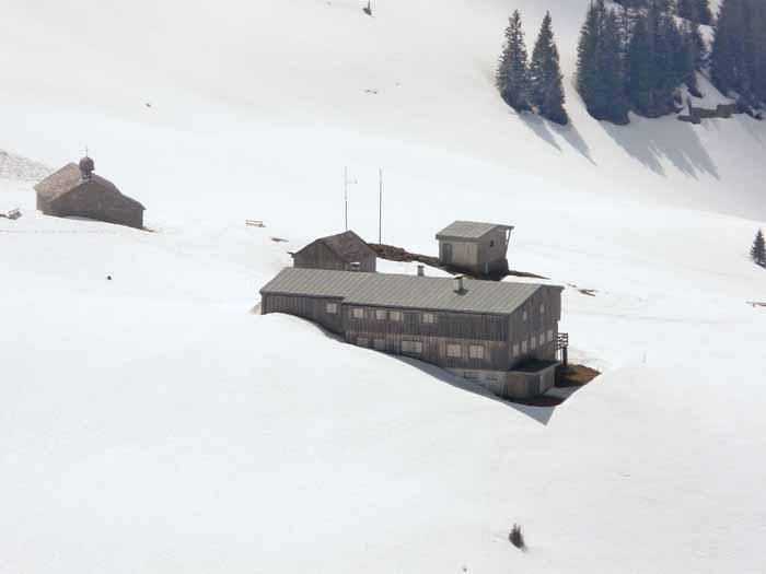 Foto: vince 51 / Schneeschuh Tour / Mit Schneeschuhen auf den Hohen Freschen / Freschenhaus / 20.11.2008 22:25:19