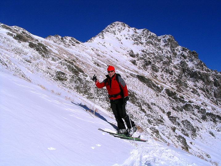 Foto: Andreas Koller / Ski Tour / Vom Falkertsee auf den Falkert (2308m) / Steilere Passage im Aufstieg zur Falkertscharte mit Blick zur Falkertspitze / 24.11.2008 23:04:10