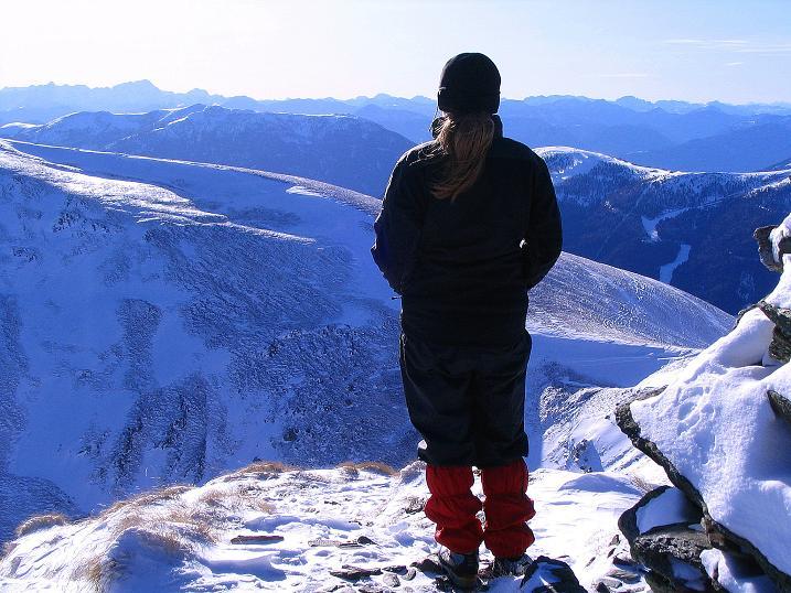 Foto: Andreas Koller / Ski Tour / Vom Falkertsee auf den Falkert (2308m) / Weite Aussicht nach SW zu den Julischen Alpen / 24.11.2008 22:55:40