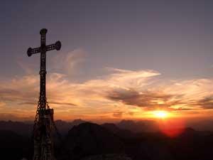 Foto: Datzi / Wander Tour / Rundtour von der Winterhöh ( Wildalpen) mit Anstieg zur Schaufelwand und Brandstein ( Biwak ) u.Abstieg über dem Teufelssee / Sonnenuntergang auf der Schaufelwand / 06.12.2008 15:07:01