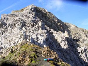 Foto: Datzi / Wander Tour / Rundtour im Gr. Walsertal auf die Rote Wand ( Biwak ) / Die Scharte im Hintergrund das Rothorn / 06.12.2008 18:39:07