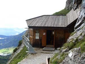 Foto: Datzi / Wander Tour / Rundtour am Steineren Meer über den Hochseiler ( Biwak ) - Brandhorn und Selphorn / Bertgenhütte (Selbstversorgerhütte) Beim Aufstieg in den Teufelslöchern kommt man hier vorbei / 07.12.2008 18:37:19