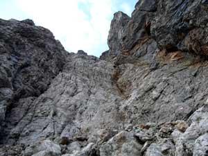 Foto: Datzi / Wander Tour / Rundtour am Steineren Meer über den Hochseiler ( Biwak ) - Brandhorn und Selphorn / Ausgesetzte Stellen beim Aufstieg in denTeufelslöchern / 07.12.2008 18:37:26